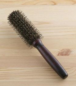 ademaki-roll-brush