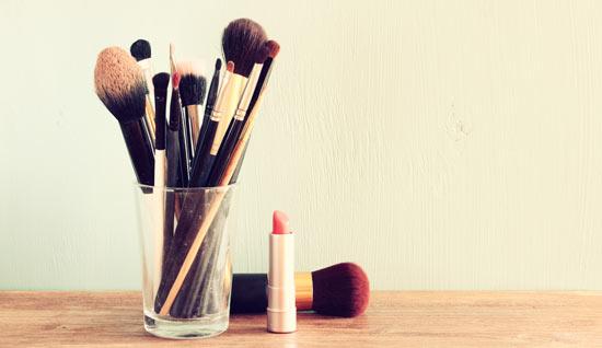lip_brush