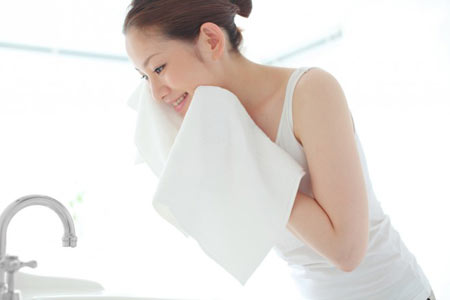 skincare-whitening-lotion