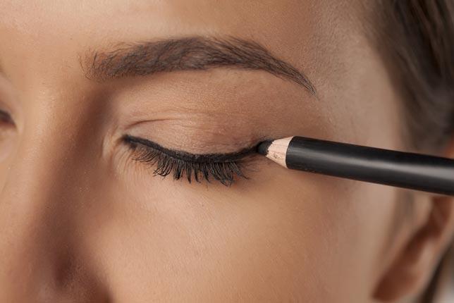 pencil-eye-liner