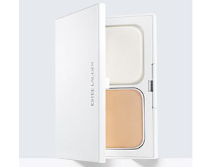 double-wear-brightening-powder-stay-in-place-makeup