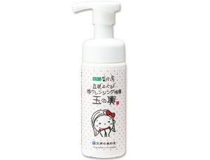 tounyuu-yogurt-bubble-cleansing-face-wash