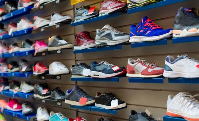sneaker_shop
